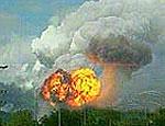 В Харьковской области не могут потушить страшный пожар на складе боеприпасов