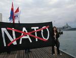 В Севастополе митингуют против захода американского военного корабля. Американцы опаздывают (Добавлены ФОТО)