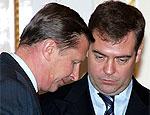 Эксперт: Сурков поставил не на того преемника и утратил доверие президента