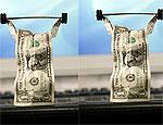 Курса доллара вновь превысил 27 рублей, евро падает