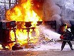 В Луганской области на химическом заводе от взрыва грузовика с детонаторами пострадали 6 человек