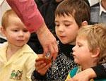 Южноуральцы все чаще берут детей под опеку и становятся приемными родителями