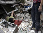 Число жертв землетрясения в Китае может достигнуть нескольких десятков тысяч человек (ФОТО)