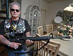 В США подержанные авто продают в комплекте с оружием