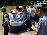 Мьянма отказывается принимать американскую помощь