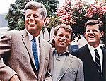 Младший брат Джона Кеннеди перенес операцию на головном мозге