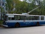 Троллейбус в Екатеринбурге «потерял» контактные провода, пострадала женщина