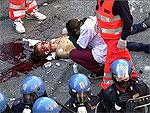 Итальянских полицейских осудили за убийство антиглобалиста