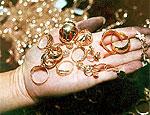 В кишиневском аэропорту задержана женщина, пытавшаяся вывезти золото
