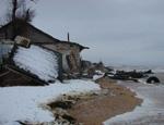 Помощь жителям подтопленной Аршинцевской косы все больше напоминает войну за приморскую землю