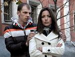Как россияне переживают кризис – безработный взял огромный кредит в банке, чтобы вернуть любимую девушку