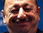 Главе Азербайджана подарили на день рождения пожизненное президентство