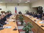 Главы уральских регионов получили новые удостоверения с подписью Дмитрия Медведева