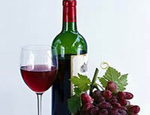 Саакашвили отправил Онищенко на пробу две бутылки грузинского вина