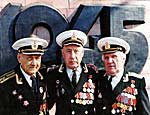 Дмитрий Медведев пообещал к Дню Победы найти 50 тысяч квартир для ветеранов