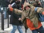 Российским туристам в Таиланде рекомендуют носить при себе документы и держаться подальше от демонстрантов