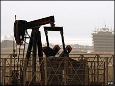 Цены на нефть поднялись выше $60 за баррель