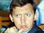 Дерипаска испугался банкротства«РУСАЛ» обвинил «Альфа-Банк» в рейдерстве, но обещал погасить долгиСегодня «РУСАЛ», подконтрольный Олегу Дерипаске, обсудил со своими крупнейшими кредиторами ситуацию, связанную с попыткой «Альфа-банка» инициировать процедур