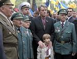 БЮТ – Ющенко: Виктор Андреевич, хватит навязывать всей Украине свое понимание истории, вам пора уходить«Мы – не армейское формирование и не ходим строем»Чем скорее пройдут президентские выборы, и Украина избавится от нынешнего главы государства, тем будет