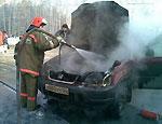 Причиной возгорания иномарки пермского адвоката мог стать поджог