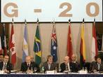 Лидеры стран G20 договорились перераспределить квоты в МВФ и ВБ