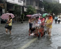 Число жертв наводнения на Филиппинах превысило 140 человек