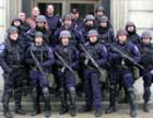 Сессия Симферопольского горсовета открыта: сторонники мэра спрятались от прессы за закрытыми дверями и спинами «Беркута» (ФОТО)